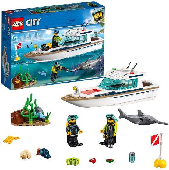 Le yacht de plongée